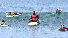 Dakar, il boom del surf Ora lo praticano i locali    ft
