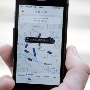Francia, arrestati due manager di Uber