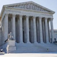 Corte Suprema Usa blocca la chiusura delle cliniche per aborti in Texas