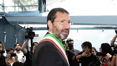 Roma, colica renale per il sindaco Marino ricoverato al Gemelli per accertamenti
