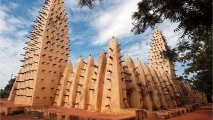 L'Africa che i media nascondono  un hashtag rilancia il continente