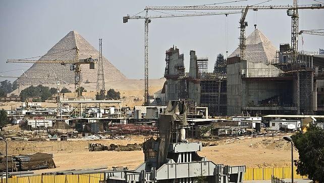 E Tutankhamon maledì il suo museo -   foto