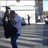 Cagliari, rapinano banca e prendono ostaggi: arrestati
