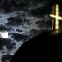 Atene, funerali gratis per combattere la crisi