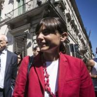 """Debora Serracchiani: """"Reddito per i deboli, il Friuli laboratorio, ora dialogo con M5S"""""""