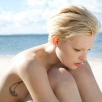 Tatuaggi, il decalogo per rimuoverli