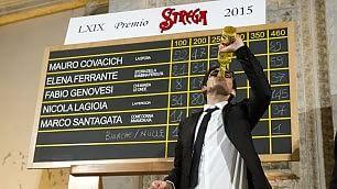 Premio Strega, vince Lagioia Terza la misteriosa Ferrante