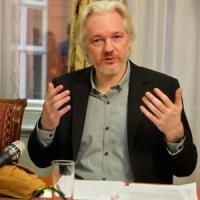 Wikileaks, Parigi respinge la richiesta di asilo di Assange