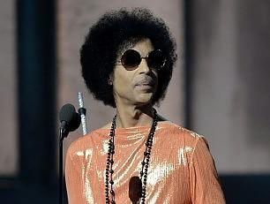 Prince toglie la musica dallo streaming online