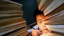 """Scuola, consiglio pediatri """"Fate riposare i ragazzi: i compiti solo da agosto"""""""