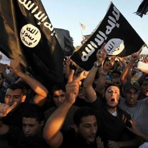 Is, minacce di attentati il 7 luglio in Gran Bretagna. Allerta in Usa per l'Independence Day