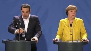 Incontro muto tra Alexis e Angela conferenza stampa senza parole