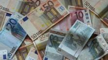 Gli italiani insoddisfatti dei loro stipendi: voto  a retribuzioni è sotto il 4