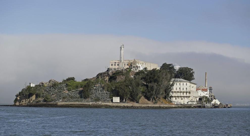 Alcatraz si rifà il look -   foto