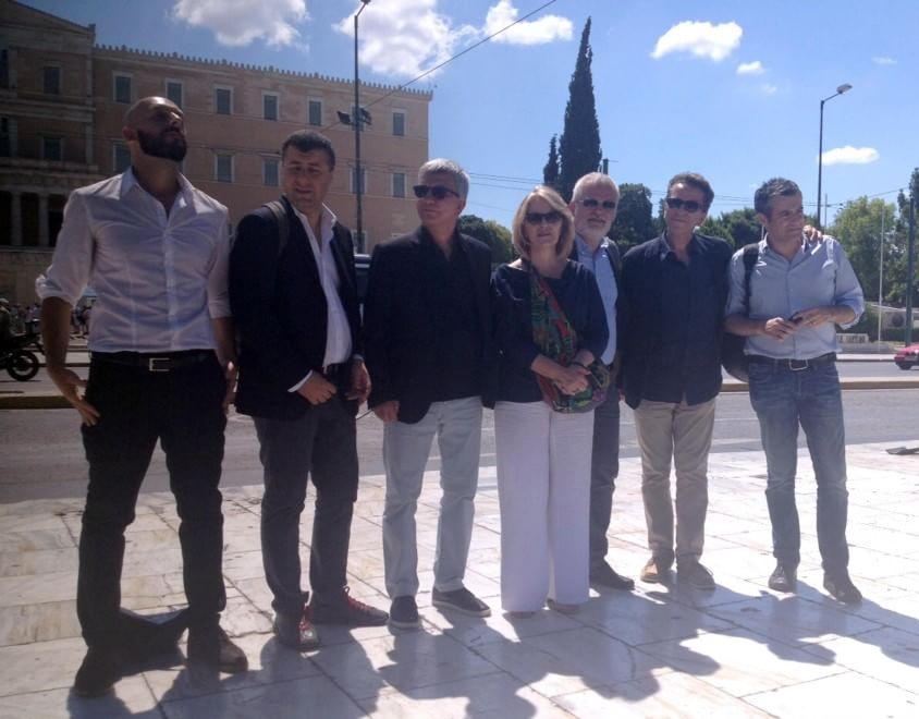 Referendum grecia delegazione sel e fassina ad atene for Foto parlamentari italiani
