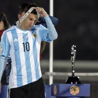 Coppa America, la delusione di Messi dopo la sconfitta