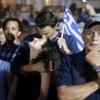 Grecia, il trionfo del ''No'': i festeggiamenti in piazza Syntagma