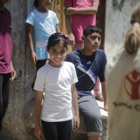 Gaza, a un anno dalla guerra il dolore e il sorriso nella vita dei bambini