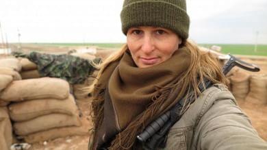 Fotoracconto  L'ex modella canadese che combatte contro l'Is in Siria