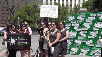 Lo Stato fornisce anticoncezionali gratis in Colorado crollano aborti tra giovani