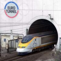 Francia, migrante muore nel Tunnel della Manica
