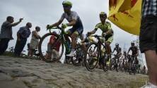Sul pavé Martin in giallo Nibali prova l'attacco Froome resiste   foto
