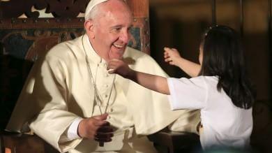 """Papa in Ecuador: """"Rinnoviamo grido  di libertà dell'America Latina""""    Video"""
