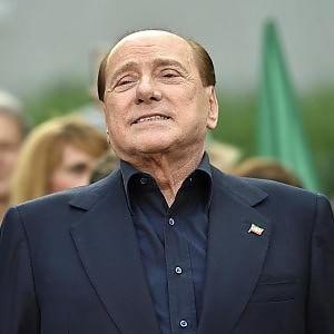 "Berlusconi ""comprò senatori"". Lui replica: ""Processo politico, sentenza assurda"""