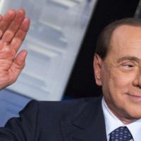 Stop al vitalizio per 18 tra ex deputati e senatori: tra loro Berlusconi, Dell'Utri e De Lorenzo