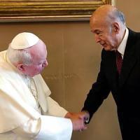 Ue, Giscard rifiutò una lettera di Wojtyla sulle radici cristiano-giudaiche
