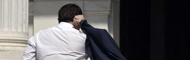 """Grecia,  accordo  unanime: piano da oltre 80 mld    Ma Syriza  si spacca: """"Ci hanno umiliati"""""""