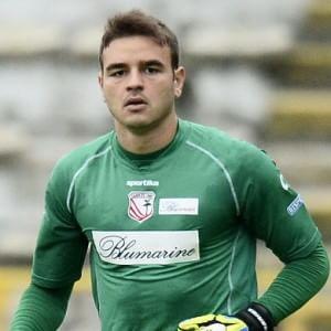Napoli, Giuntoli stringe per il vice Reina: dal Milan arriva il brasiliano Gabriel