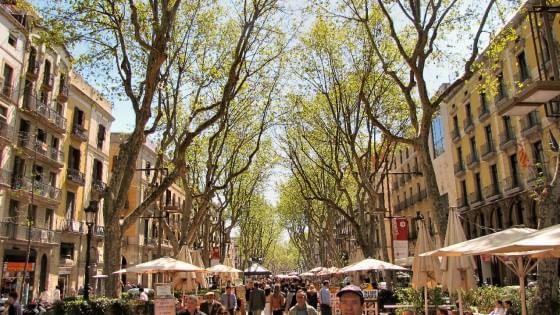 La Catalogna liberalizza gli affittacamere: via libera ad Airbnb