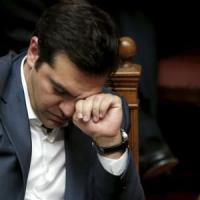 Tsipras non lascia e punta al rimpasto. Elezioni anticipate in autunno