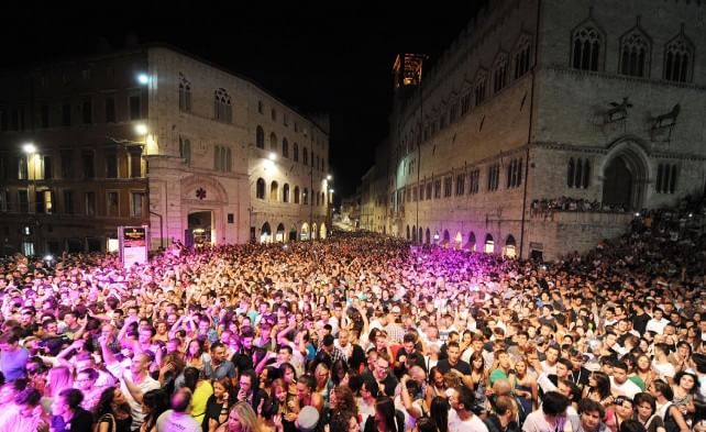 Umbria Jazz 2015 tra folla e social network 450milapresenze, 1mln i contatti su Facebook