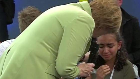 "La piccola Reem: ""Cara Frau Merkel ecco la mia storia di fughe e ospedali"""