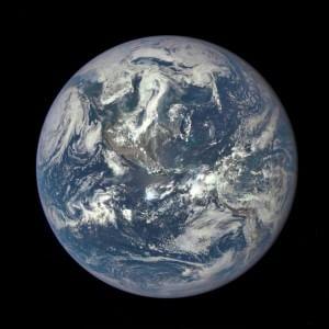 """Scoperta Terra con un proprio sole in una zona """"abitabile"""" dell'Universo"""