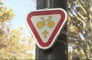 Parigi, incroci speciali e semafori per i ciclisti