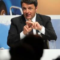 """Renzi: """"Tasse folli, le dobbiamo ridurre battendo l'evasione"""""""