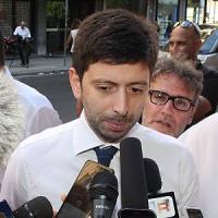 Patto con Verdini, scioperi e tasse: la sinistra Pd torna ad avvisare Renzi