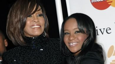 E' morta Bobbi Kristina    foto    -   video    figlia di Whitney Houston