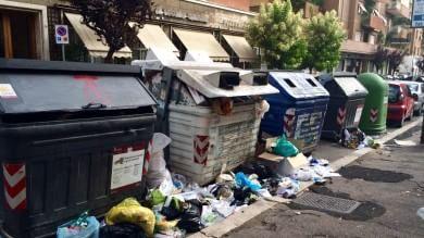 Roma, torna lo spazzamento diurno   Videostoria  La capitale ferita:  'Grande  bellezza,   grande degrado'