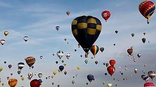 Nuovo record mondiale in volo 433 mongolfiere