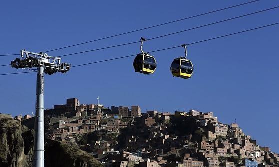 La Paz. Ecco la prima metropolitana dei cieli