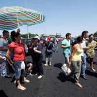 Salerno-Reggio Calabria, blocchi e proteste: chilometri di code