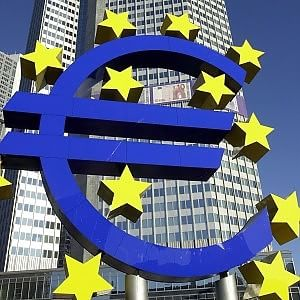 """La Bce bacchetta l'Italia: """"Ultimi nell'Eurozona per crescita del Pil pro capite"""""""