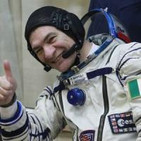 Spazio, Paolo Nespoli torna tra le stelle: a 60 anni sarà il prossimo italiano a volare su...