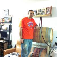 La cantina diventa urbana, quando il vino è prodotto nell'appartamento