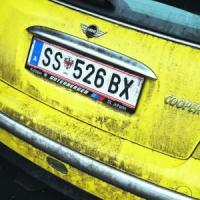Targhe auto in Austria: proibite quelle