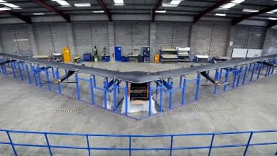 Internet.org compie un anno e mostra il suo aereo solare    video